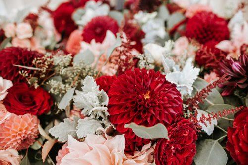 Hilltop Luxury, flowers by LynnVale Studios, Hay Alexandra Photography